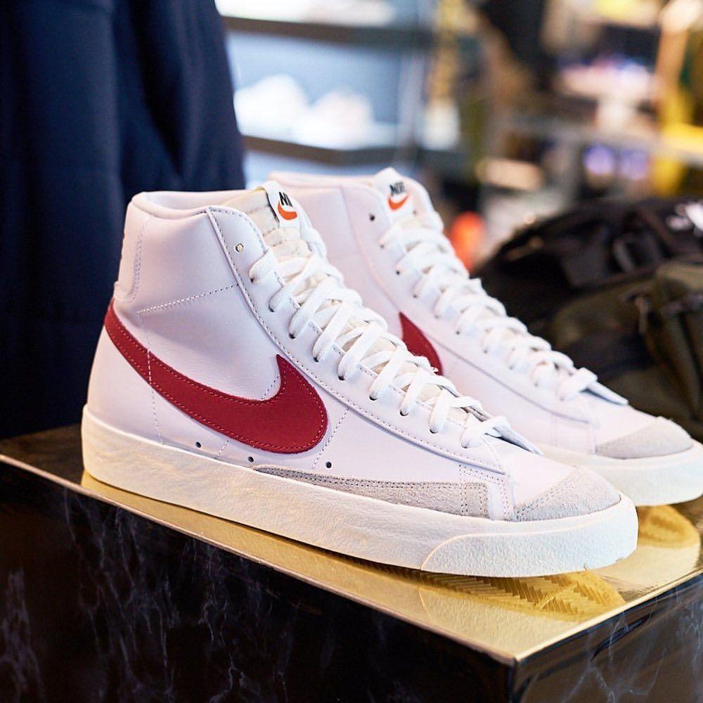 Insidesneakers Nike Blazer Mid 77 Vintage Bq6806 102 In 2020 Nike Blazer Sneakers Nike Shoes Sneakers Nike