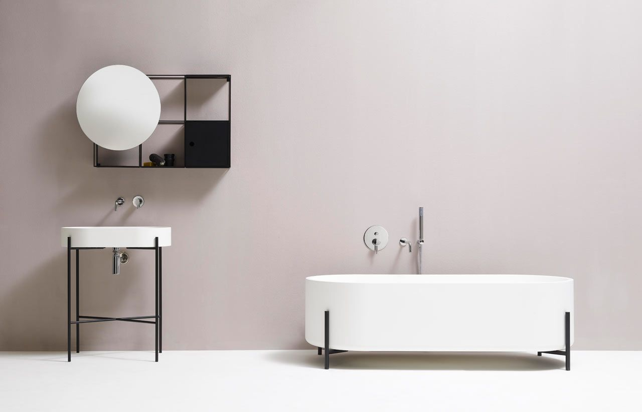Minimalist Black And White Bathroom Fixtures  Minimalist Bathroom Enchanting Minimalist Bathroom Design Ideas