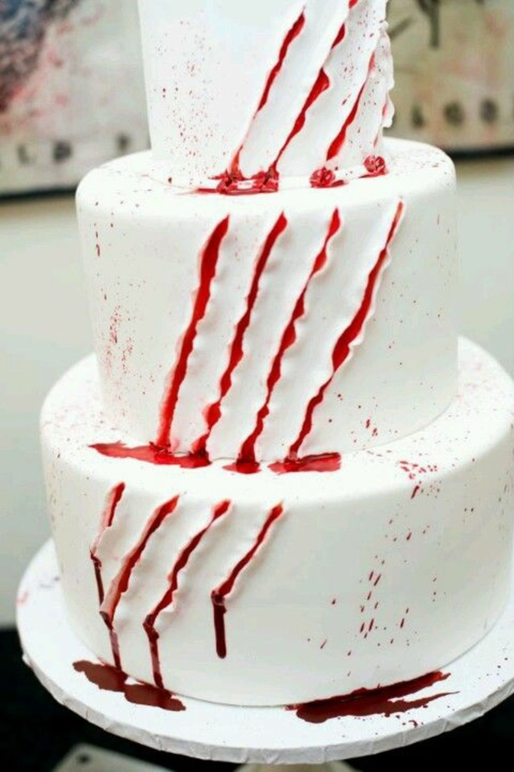 75 Lovelly Halloween Themed Wedding Cake Ideas You Will Totally Love ...