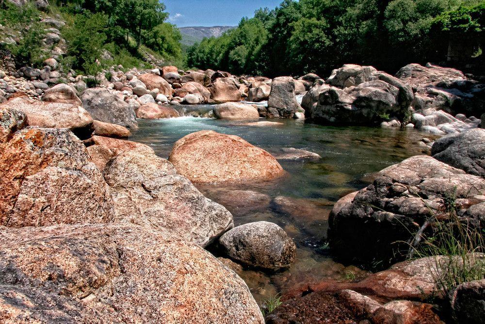 Diez Zonas De Baño Naturales A Menos De Dos Horas De Madrid Piscinas Naturales Ruta De Las Caras Piscina Natural