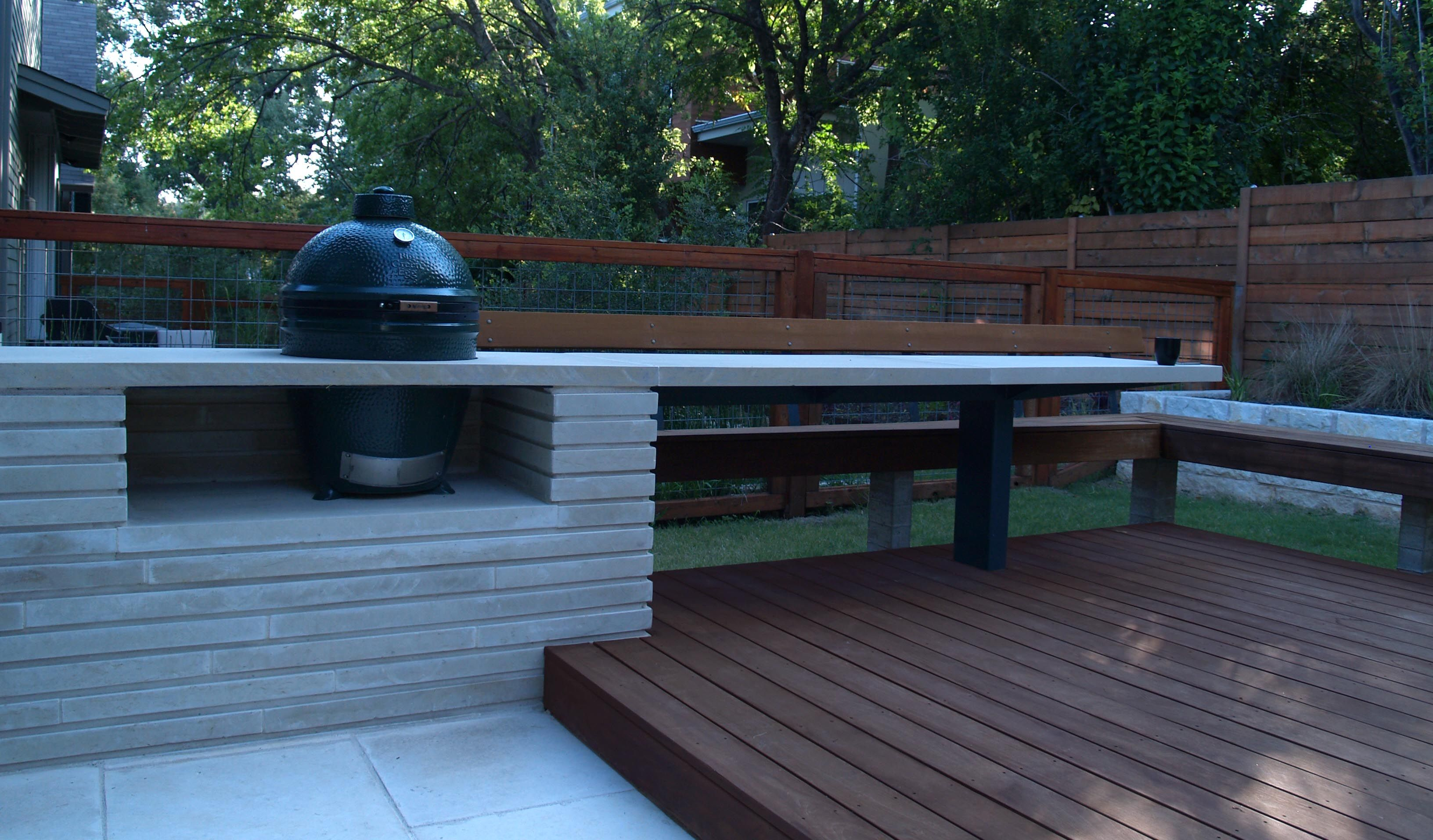 Austin Outdoor Kitchens Big Green Egg Nestled In A Modern Lueders Limestone Counter