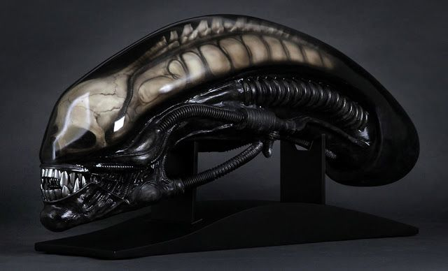 BLOG DOS BRINQUEDOS: Gigers Alien Life-Size Head Alien Prop Replica