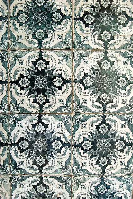 undefined tiles and mosaics carrelage carreau carrelage ciment. Black Bedroom Furniture Sets. Home Design Ideas