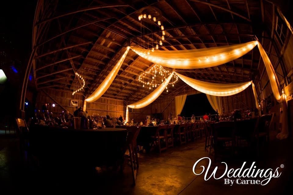 Bloomsbury farm rustic chic wedding venue in iowa cedar