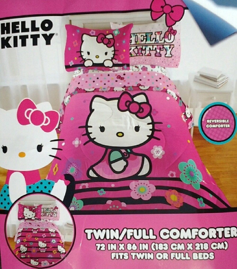 Hello Kitty Floral Hombre Twin/Full Reversible Comforter