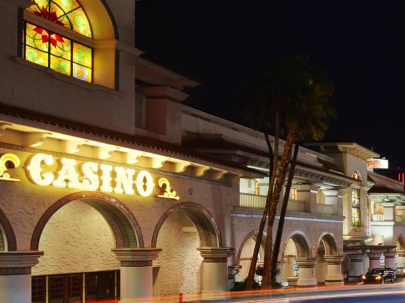 Gold Coast Hotel And Casino Coast Hotels Gold Coast Hotel Las Vegas Gold Coast