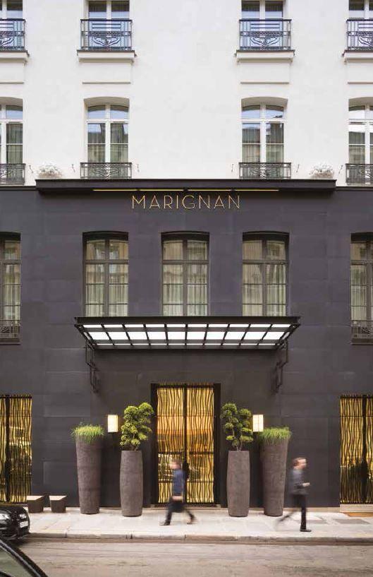 Atelier vierkant vases entrance hotel marignan paris in for Hotel design paris 8