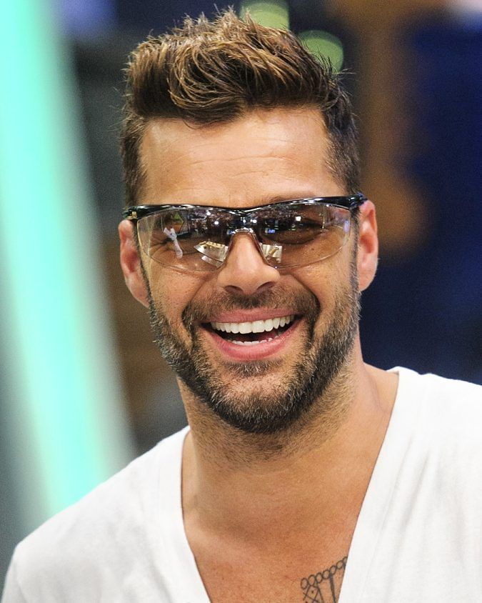 Awesome 30 Awesome Ricky Martin Haircut Ideas Keeping It Chic And