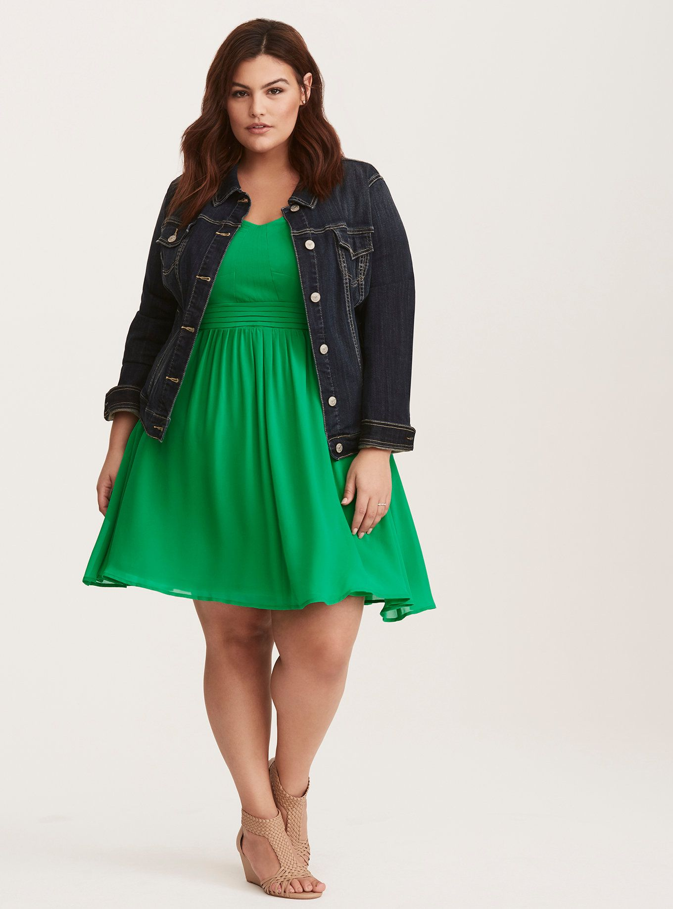 Kelly Green Chiffon Pleated Skater Dress | Curves women | Dresses ...