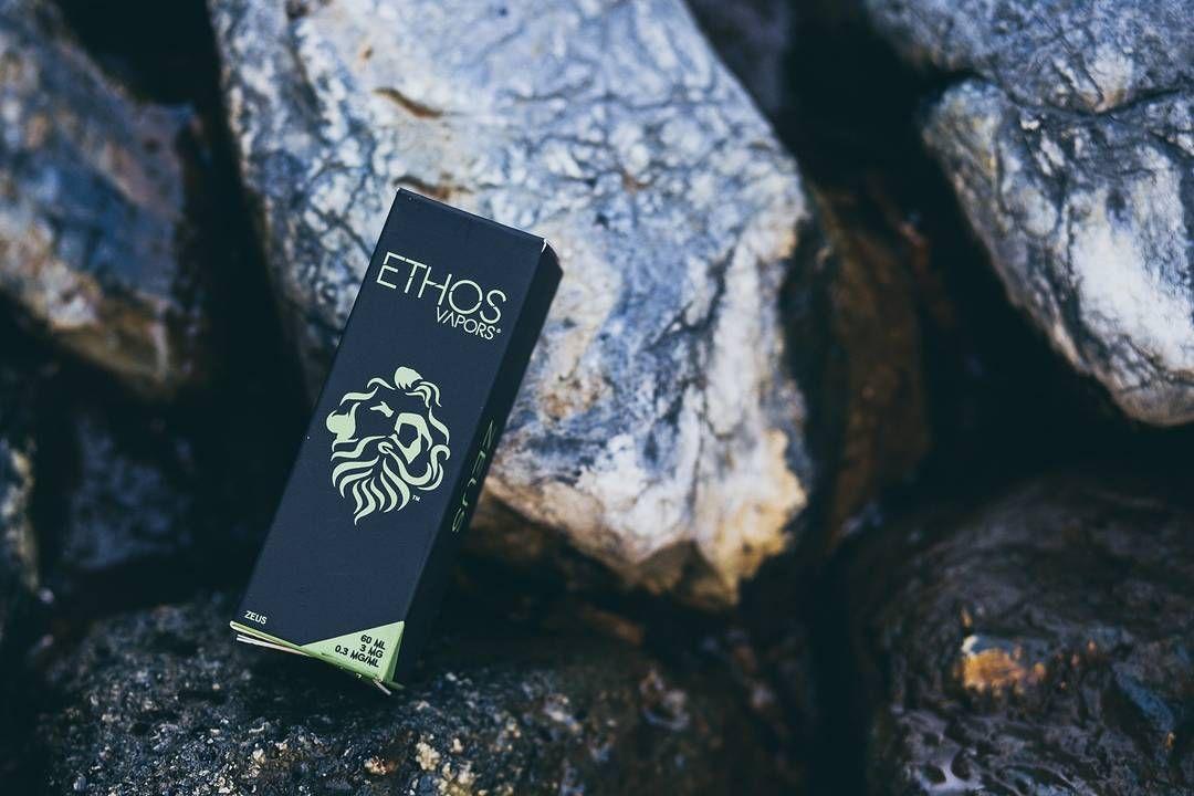 Zeus Rocks! Blueberry Danish and Delicious . EthosVapors