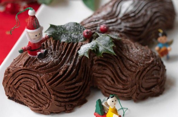 Hairy Bikers' Chocolate Yule Log | Dessert Recipes | GoodtoKnow