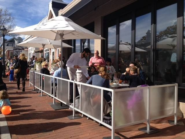 Elm Restaurant In New Canaan Ct Enjoying Outdoor Dining With