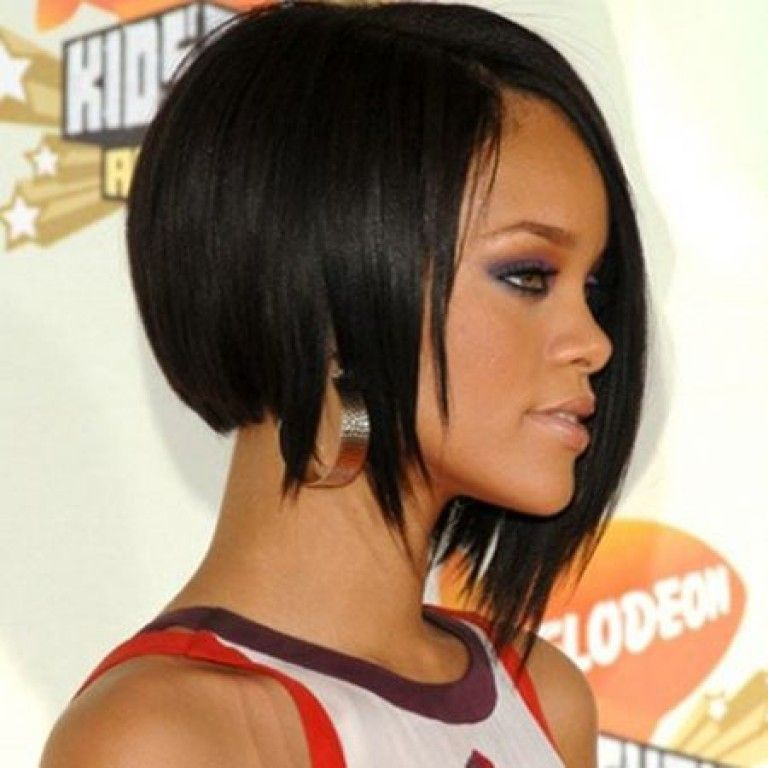 Rihanna Asymmetrical Bob Inverted Bob Hairstyles Asymmetrical Bob Haircuts Short Bob Hairstyles