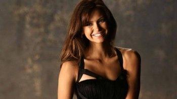 Nina Dobrev - Nueva foto promocional