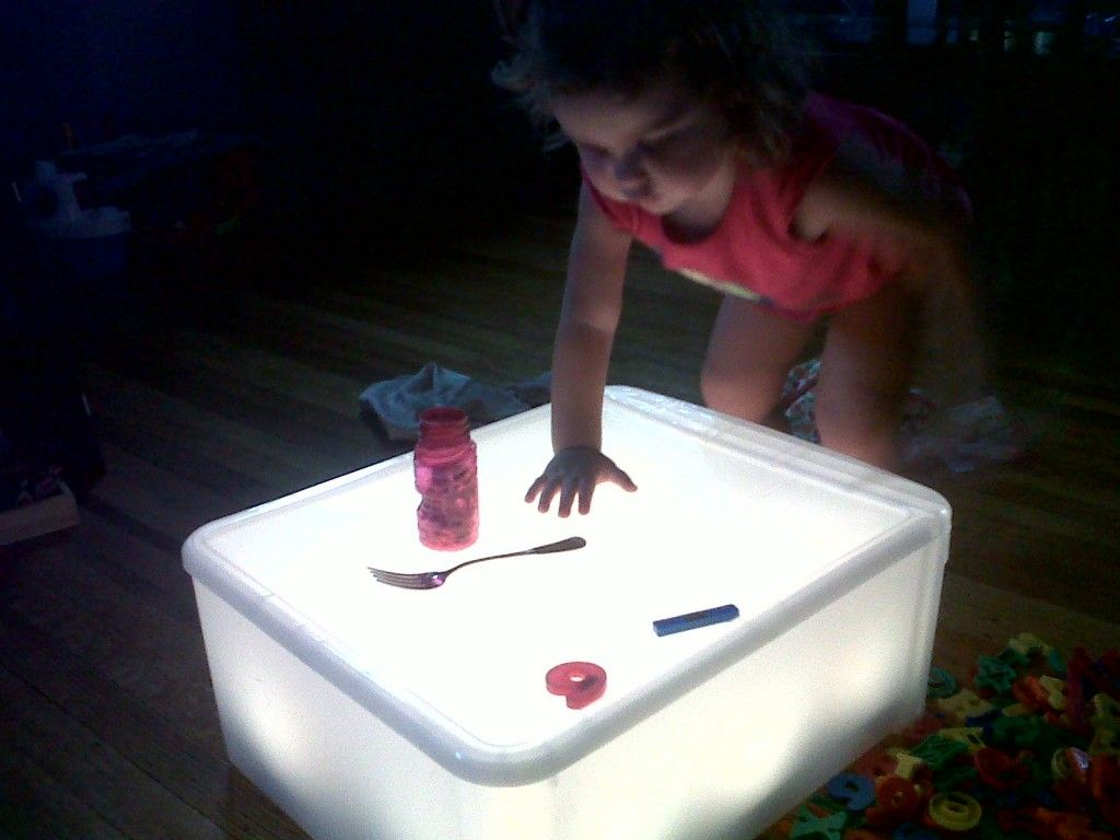 MakeYourOwn Light Table (and add some Reggio Emilia to