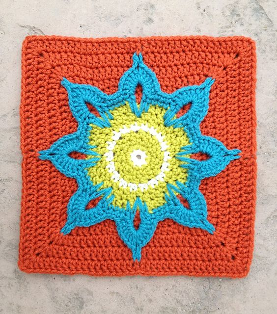 Another Sunflower Block, free pattern by Julie Yeager