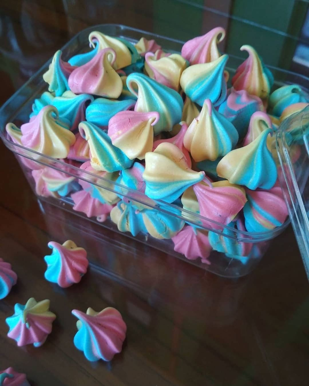 Jangan Lupa Tap Love Dulu Yah Meringue Cookies By Bikinanbunda Masih Bebikin Ginian Lagi Ngabisin Stok Putih T Resep Biskuit Fudgy Brownies Kue