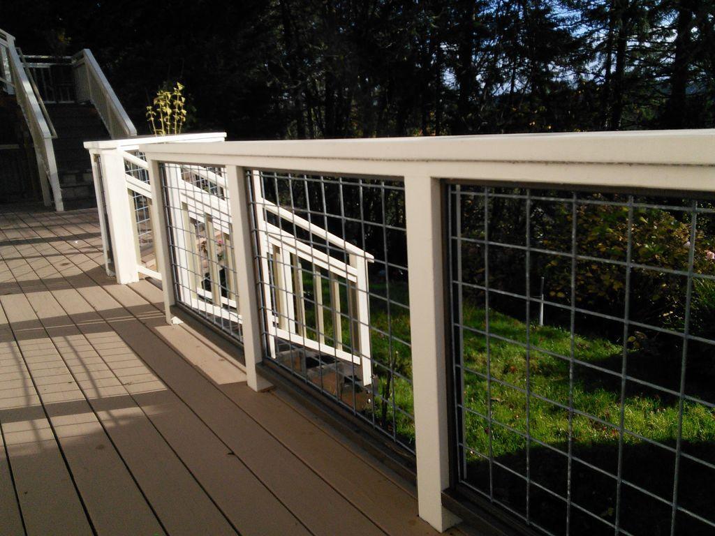 Deck railing with hogwire panels deck railings railings and decking deck railing with hogwire panels baanklon Images
