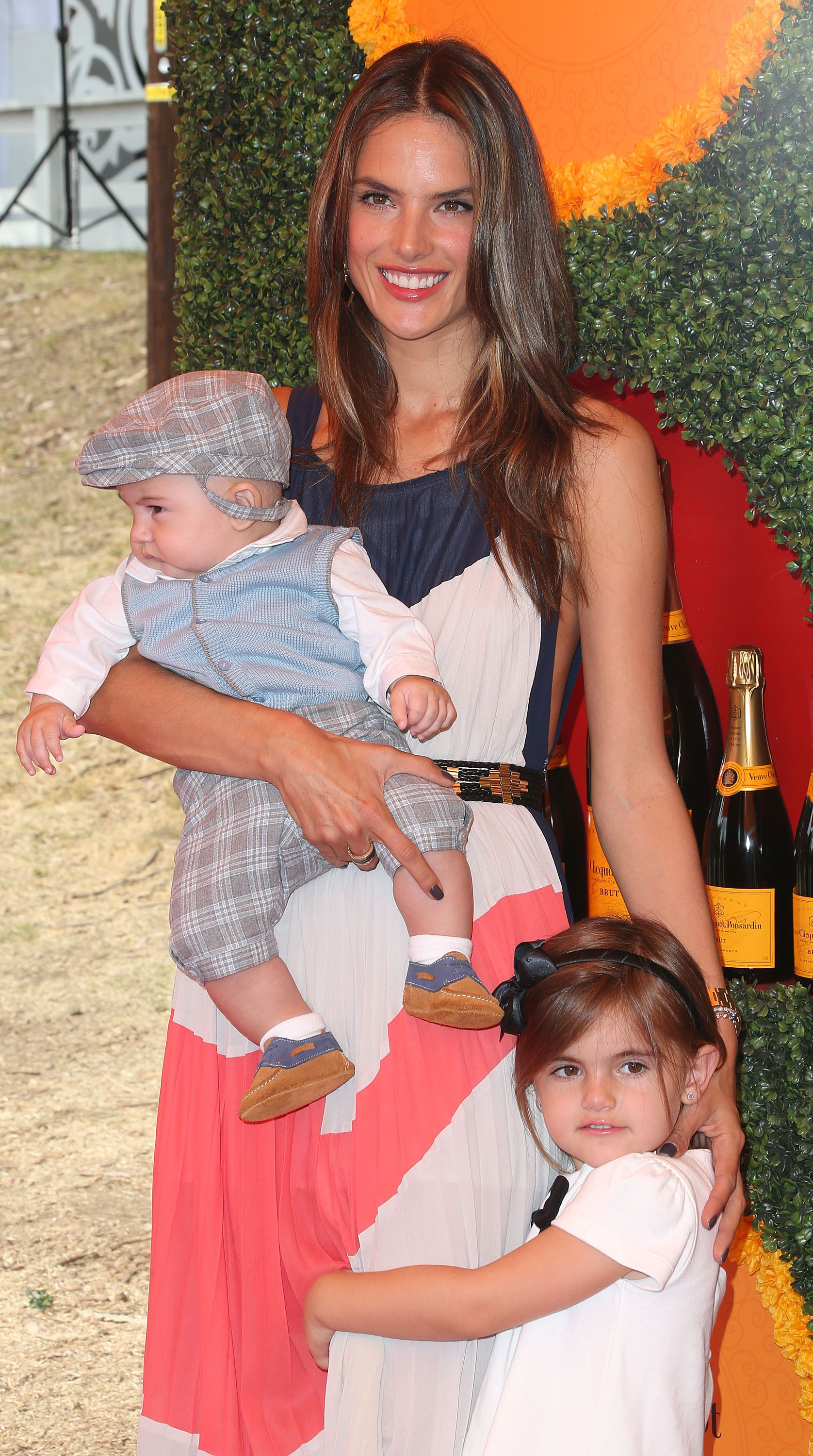 Alessandra Ambrosio shows off her kids on the red carpet