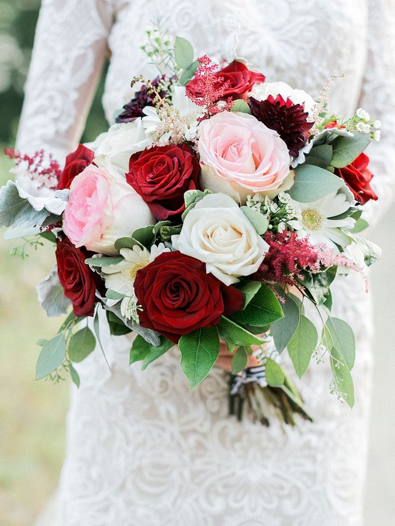 15 Fall Wedding Bouquet Ideas and Which Flowers They\'re Made With ...