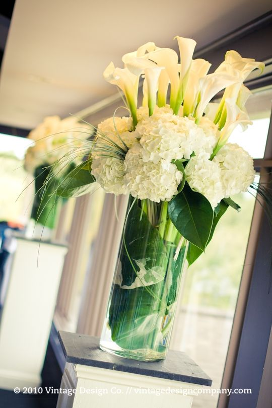Hydrangeas calla lilies reception wedding flowers