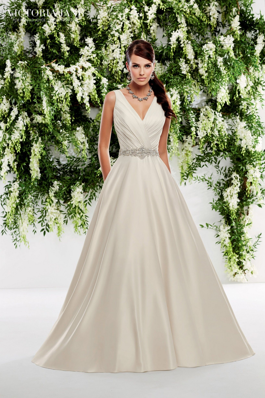 c820bfe2a427 Victoria Jane Orleans – Anina Brud & Festspecialisten | Wedding ...