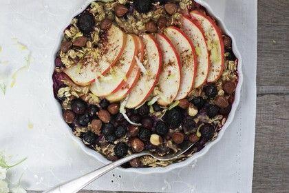 gebackenes Apfel-Blaubeer-Porridge - http://www.chefkoch.de/rezept-anzeige.php?ID=3139461467465365