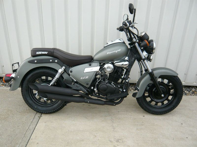 bella moto keeway superlight 125 motos pinterest bobbers motorbikes and cars. Black Bedroom Furniture Sets. Home Design Ideas