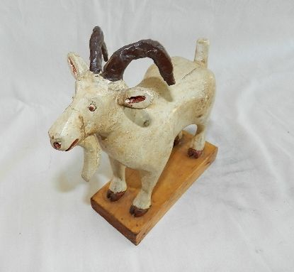 John Gallo Antiques - Fine Country and Primitive Antiques, Yellow Ware, Wood Carvings, Folk Art, Stoneware, Pottery and More.
