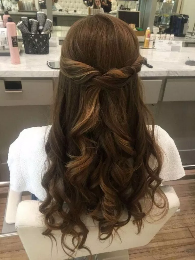 84 Beautiful Half Up Half Down Hairstyles For The Modern Bride Weddinghairsty Wedding Guest Hairstyles Long Wedding Guest Hairstyles Wedding Hair Inspiration