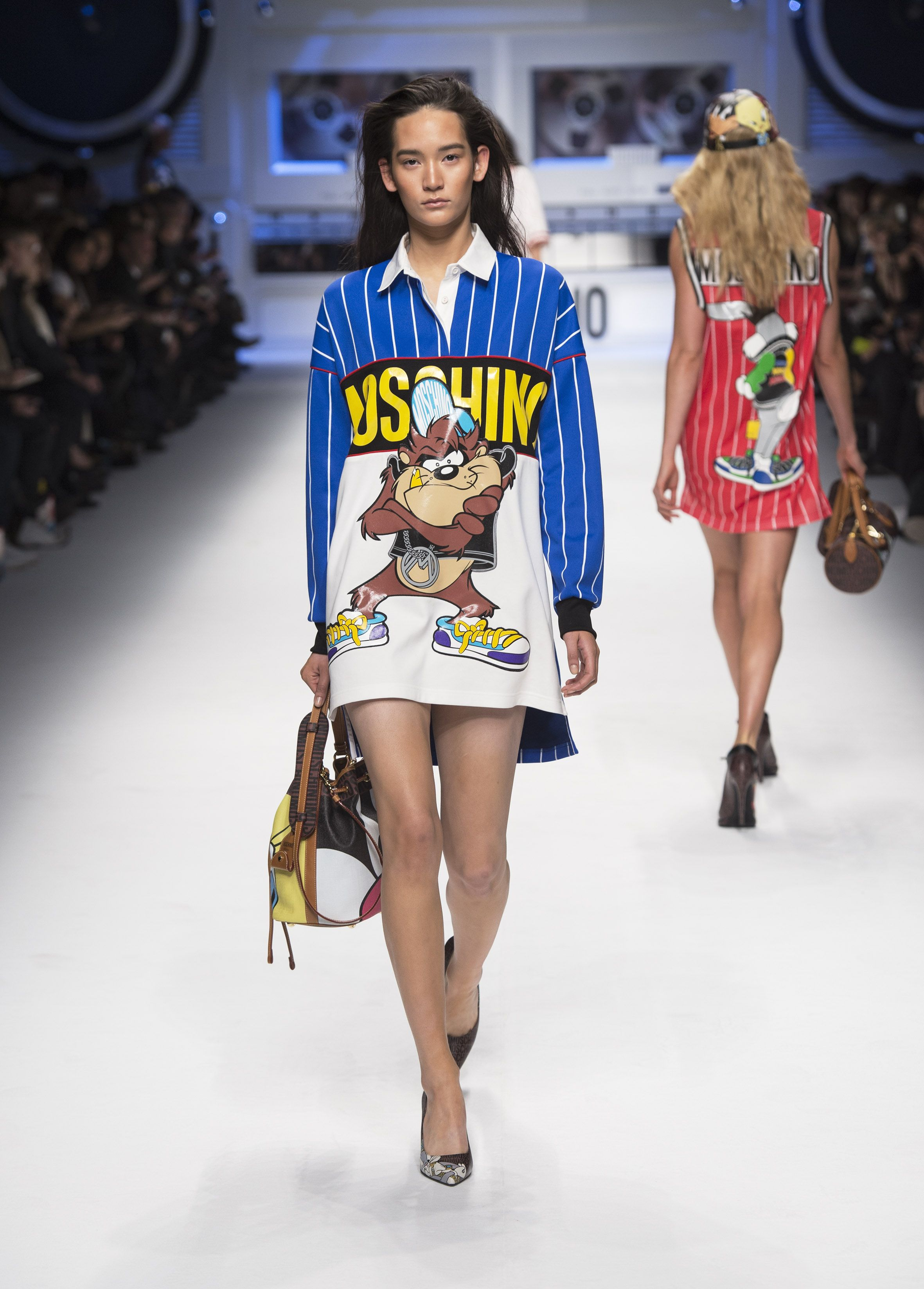 Moschino AW 15 16 Fashion Show  34cd9ee938b
