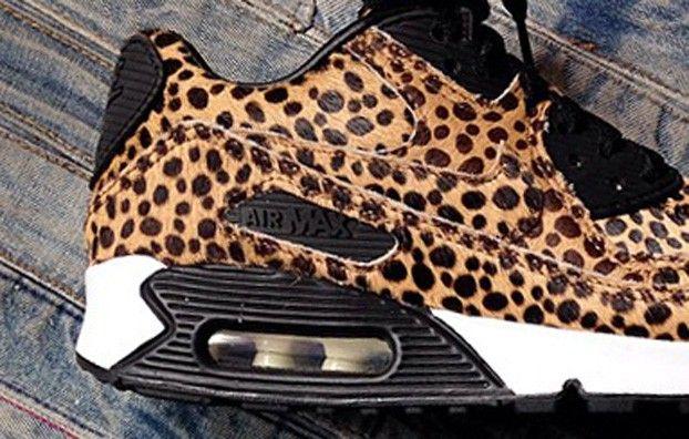 c6b6df10db83 cheetah nikes