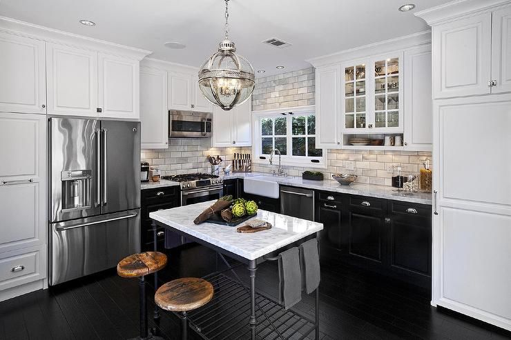 Best L Shaped Kitchen Features White Upper Cabinets And Black 400 x 300