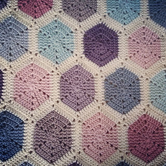 Lavender and Wild Rose: Evie: Pastel hexagon throw pattern | Crochet ...