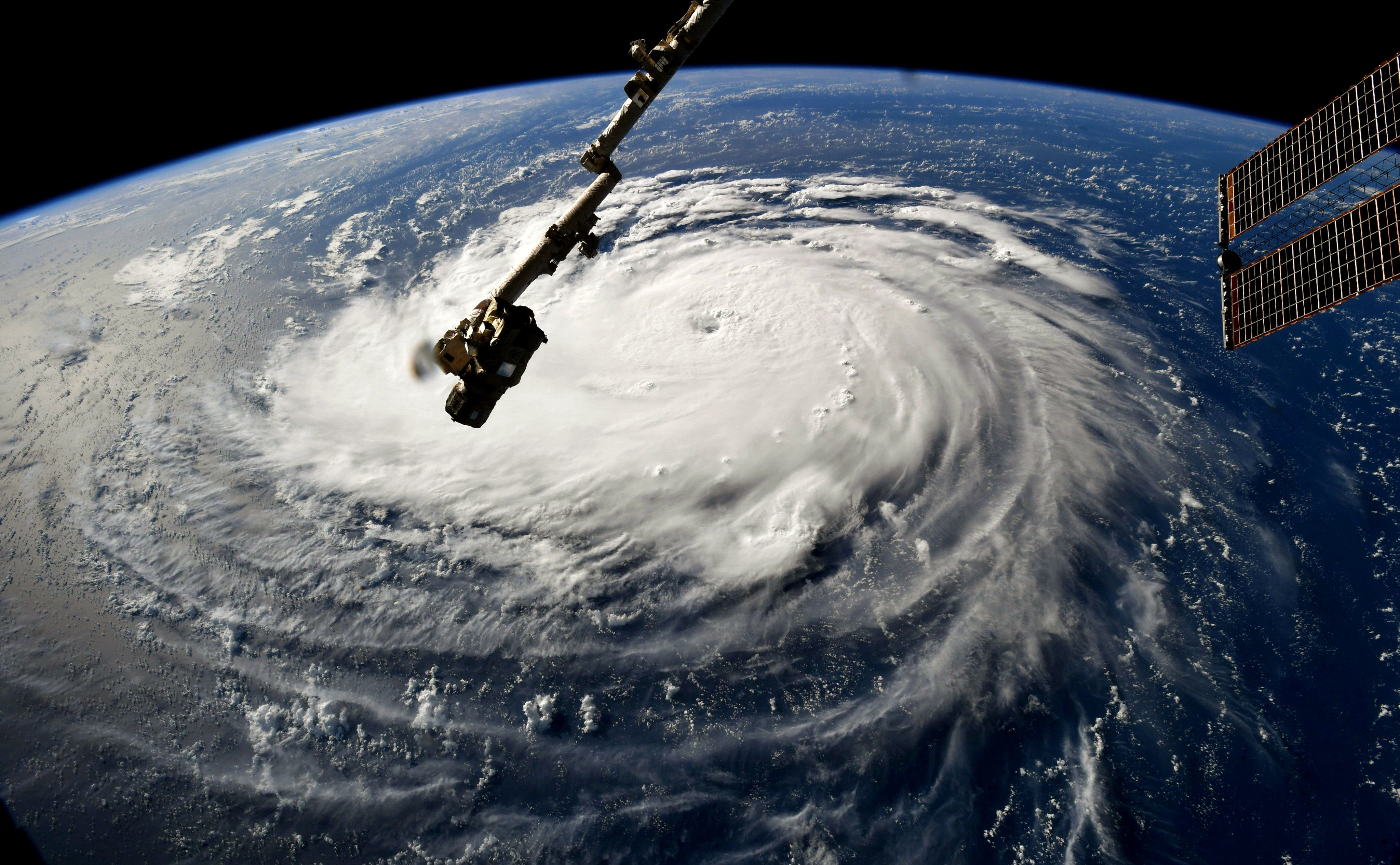 Astronauts Took This Incredible Picture Of Hurricane Florence From The Space Station With Images Hurricane Path Nasa Images Atlantic Hurricane