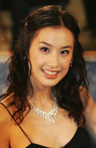 Eva huang china out mainland china actress eva huang arrives at eva huang china out mainland china actress eva huang arrives at the voltagebd Gallery