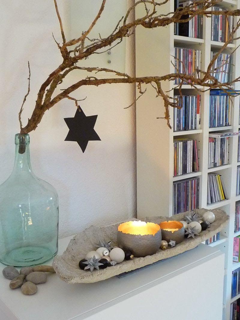 wie schon im jahr zuvor habe ich die betonschale wieder weihnachtlich geschm ckt ein paar. Black Bedroom Furniture Sets. Home Design Ideas