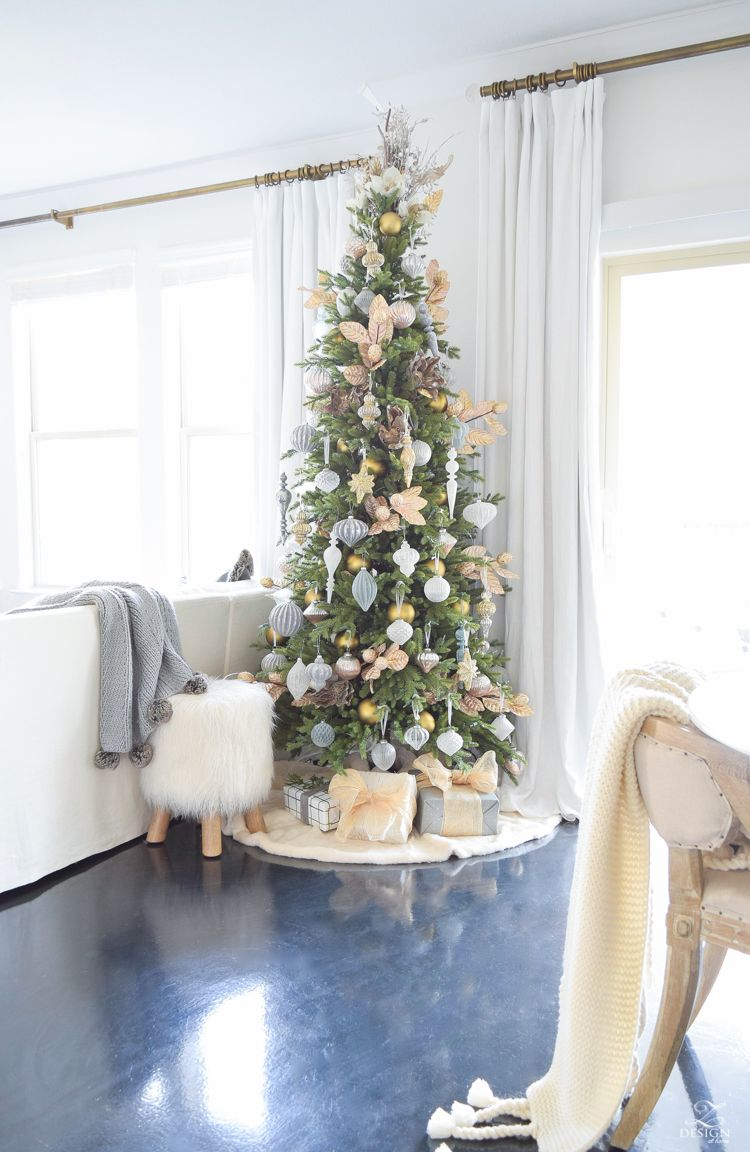 12 bloggers of christmas with balsam hill a mixed metal christmas tree christmas trees. Black Bedroom Furniture Sets. Home Design Ideas