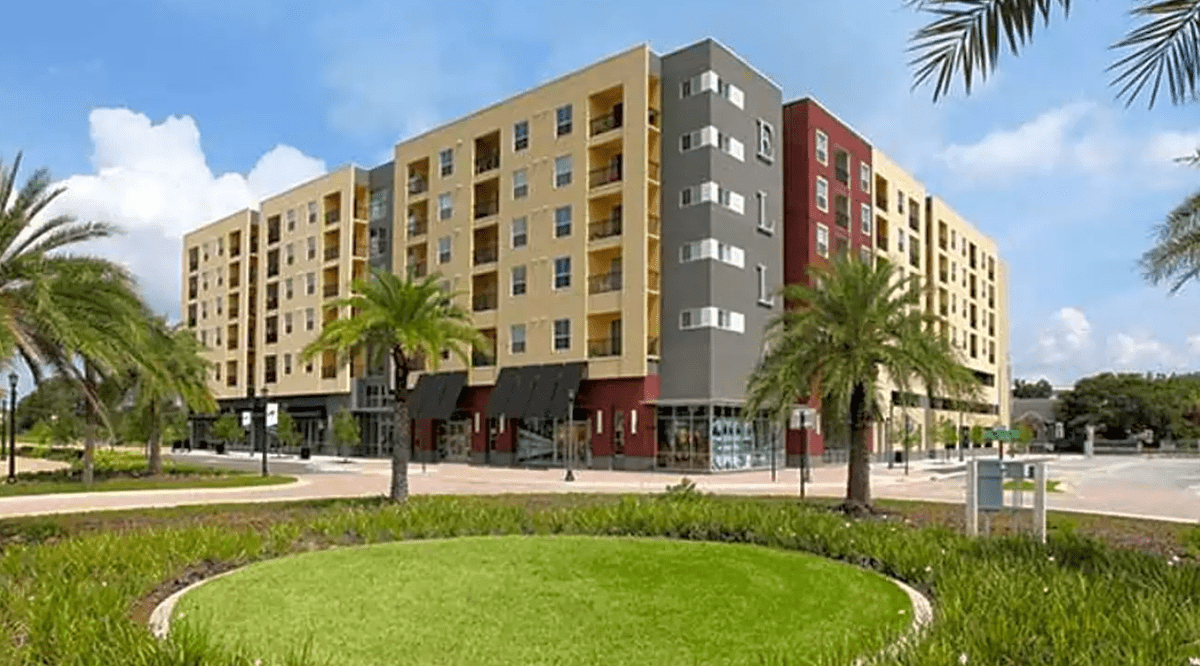 The Best Apartments In Tampa Near Parks Cool Apartments Tampa Apartments Resort Style Pool