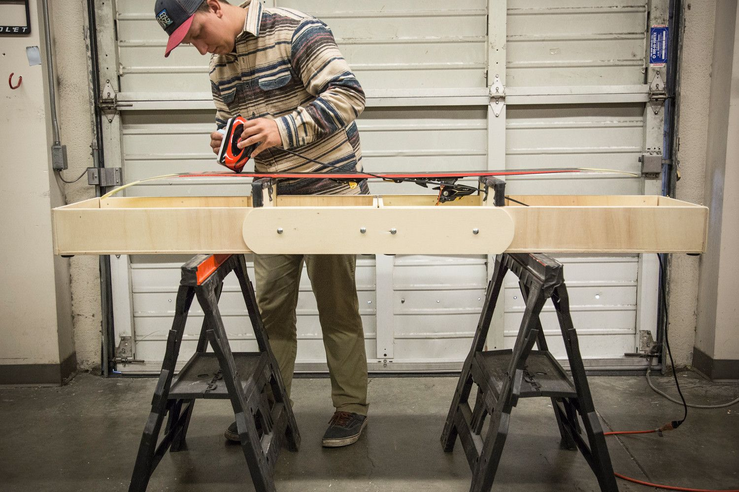 Diy how to build a portable ski or snowboard waxing table