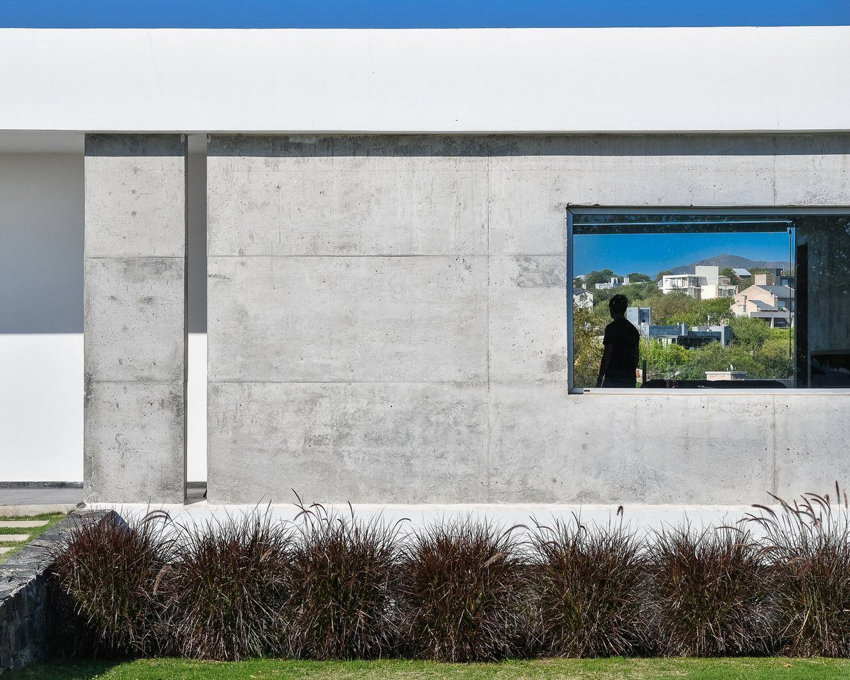 Gallery Of Mh House Agostina Perazolo 15 Architecture  # Geza Muebles Rosario