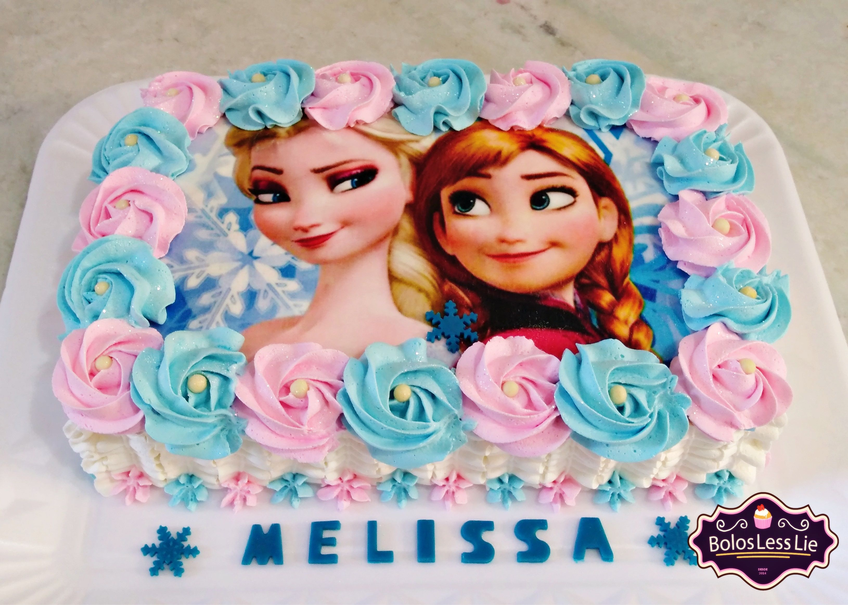 Bolo Ana E Elsa Chantilly Azul Rosa Com Imagens Elsa Bolo