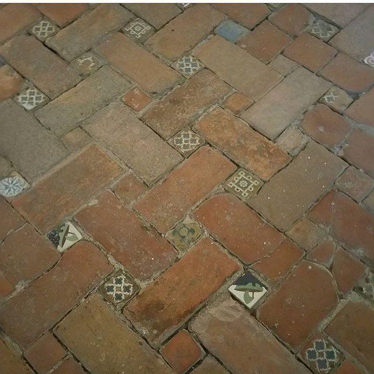 Beautiful Spanish brick floors  {: @popoguld } http://www.VintageBricks.com