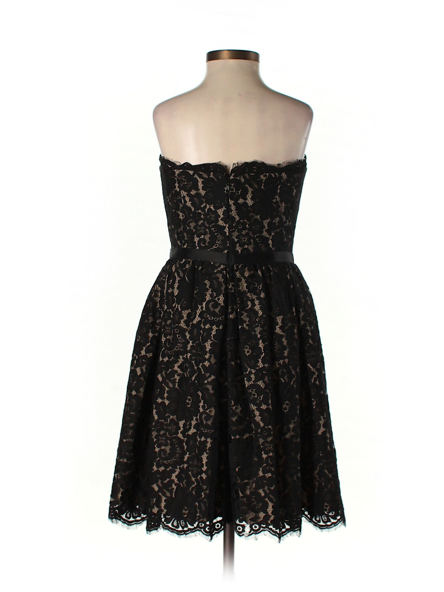 Robert Rodriguez For Target Neiman Marcus Lace Black Cocktail Dress Size 4 93 Off In 2021 Black Cocktail Dress Dresses Black Lace Cocktail Dress [ 2048 x 1536 Pixel ]