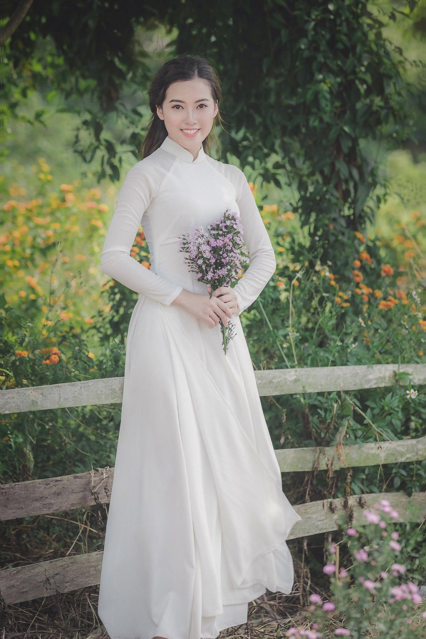 Vietnamese long dress Áo dài, Phụ nữ, Người mẫu