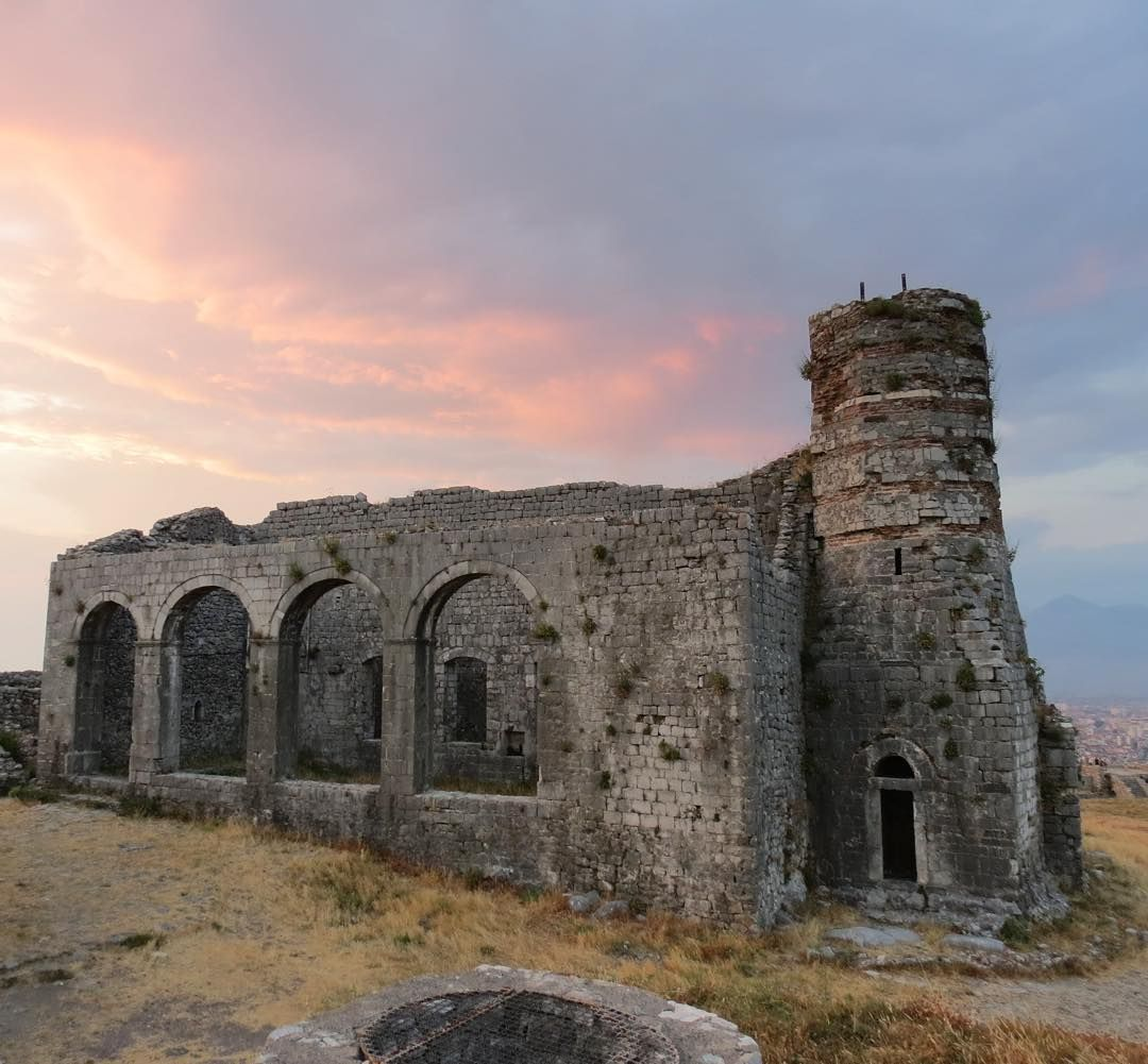 Historic Rozafa Castle Castillo de Rozafa. Shkodra Albania. Castle on a hill close to Shkodër in northwestern region of Albania. Over 400 ft above sea level Photograph by BDX/Commons via Wikimedia Commons - http://ift.tt/1dqkdHF #AbandonedEarth by abandonedearth