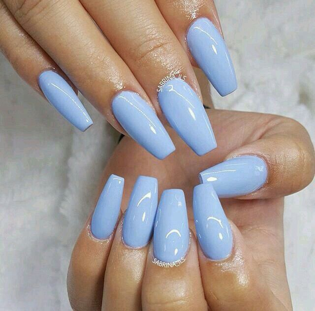 Short coffin baby blue gel nails
