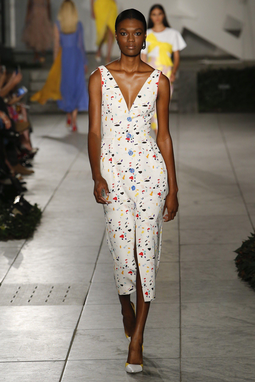 Carolina Herrera Spring 2018 Ready-to-Wear Fashion Show Collection