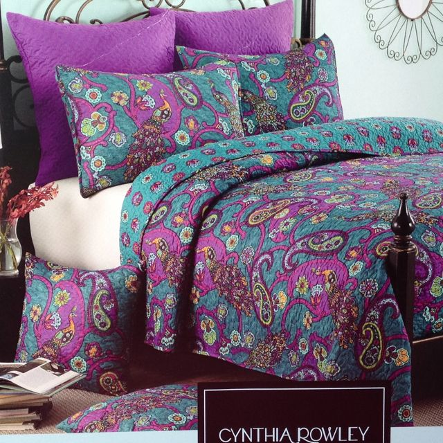 39 99 Cynthia Rowley Full Queen Quilt Is The Winner Rich Colors Great Find At Tj Maxx Added 2 Shams For 1 Peacock Bedding Peacock Quilt Turquoise Cottage