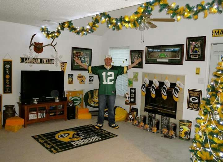 Christmas Time In Green Bay Packer Fans House